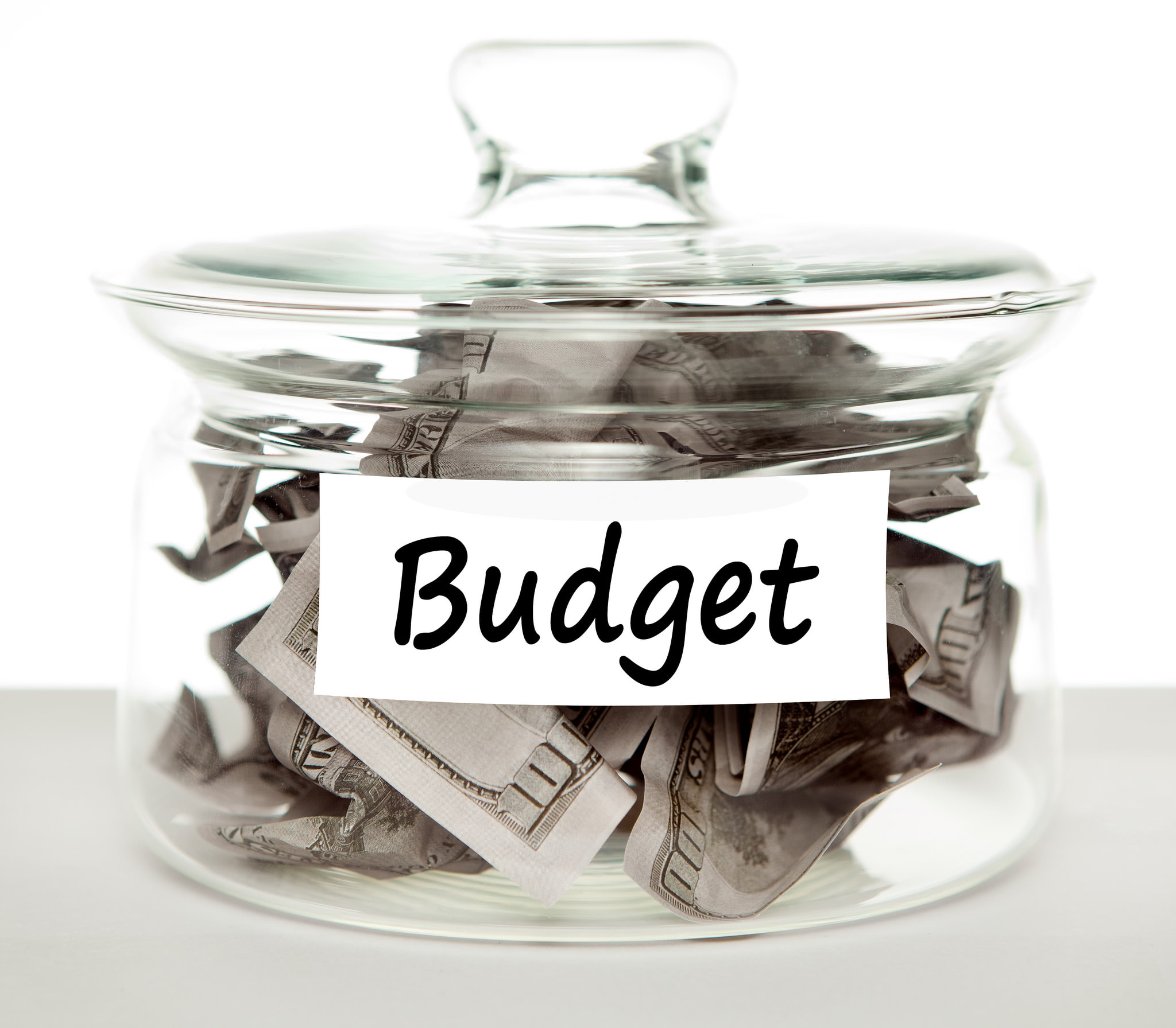 5 tips to make your wedding budget go further
